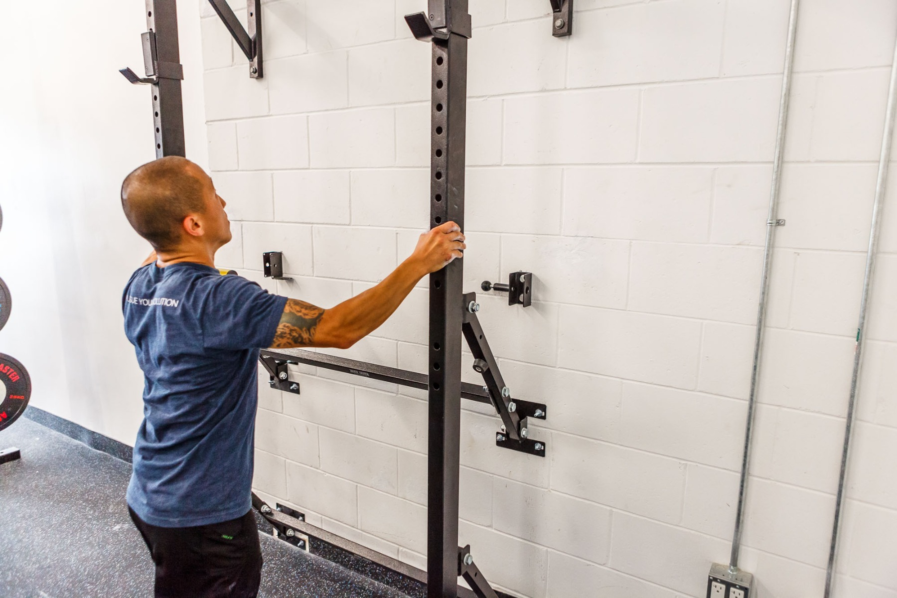 Again Faster 174 Wall Mounted Folding Squat Power Rack